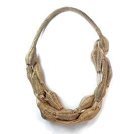 4.Irene G. Barrera collar serie Desidera