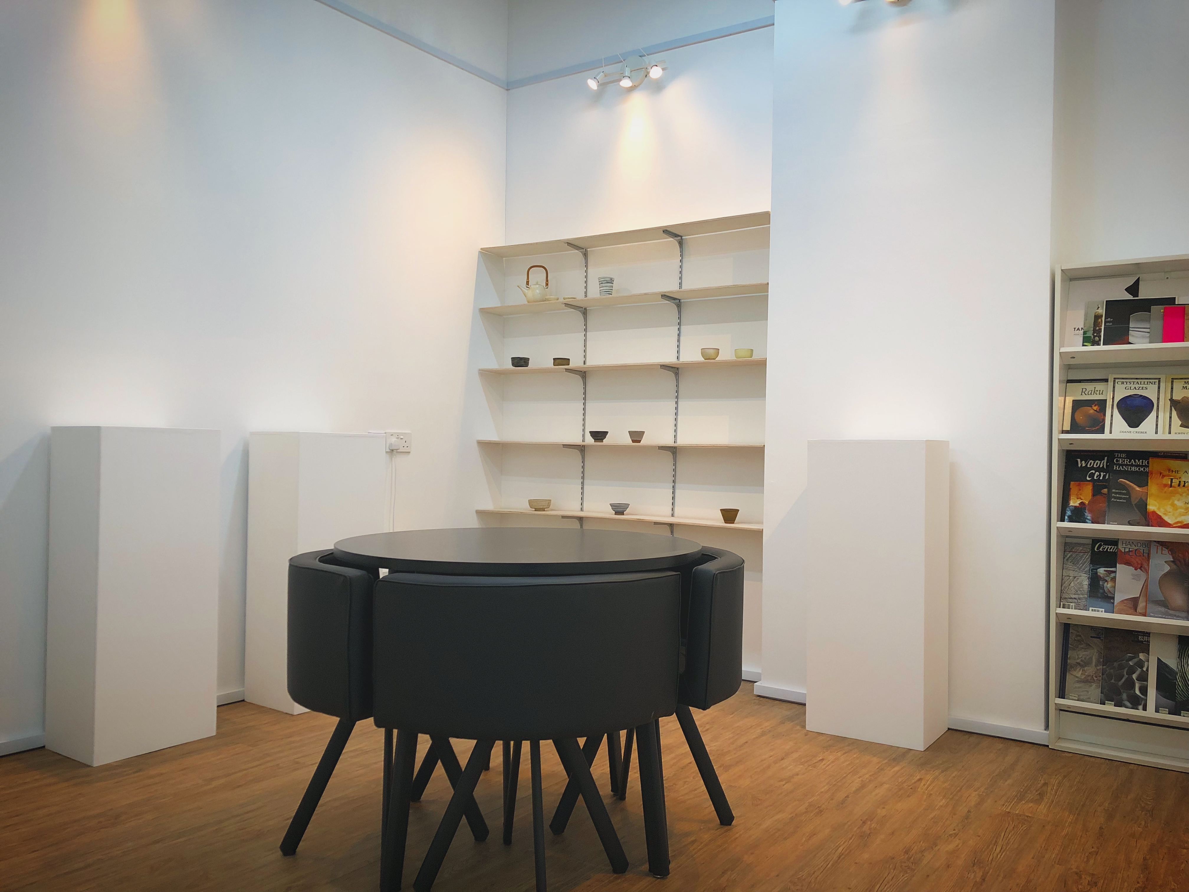 Lounge Gallery