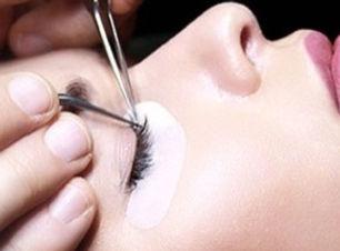 10-steps-xtreme-lashes-DE_edited_edited_