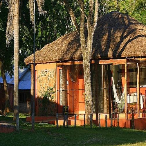 MBARACAYU LODGE
