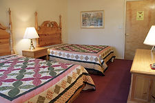 cheap affordable resort lodging accommodations Pigeon Forge TN area