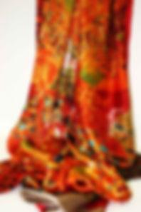 pañuelo-de-seda-con-motivos-de-Klimt-(1)