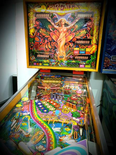 Farfalla Pinball (1983)