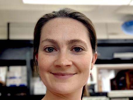 Conoce a la Dra. Renée Rioux, profesora asistente de fitopatología