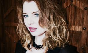 A inglesa Zoë Howe, biógrafa de música