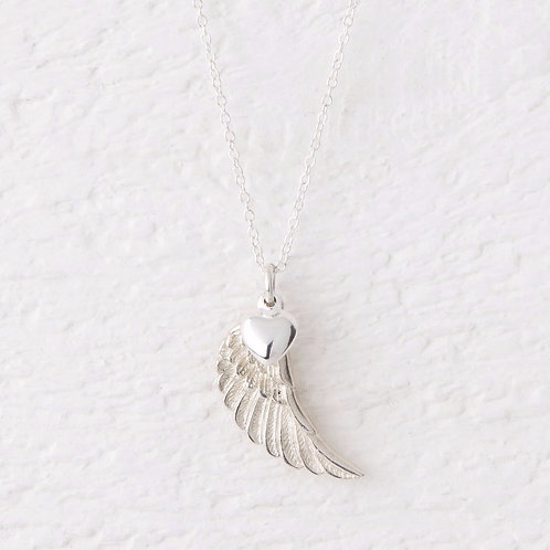 Parisa Silver Angel Wing Necklace