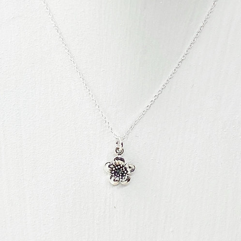 Emika Silver Flower Necklace