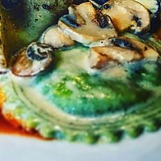 Girasoli Verdi, ricotta & épinards à la sauce crème champignon de Paris frais