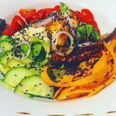 Salade de pouple et calamars grillés
