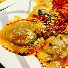 Girasoli au ragoût de boeuf, sauce huile d'olive et tomates cerises