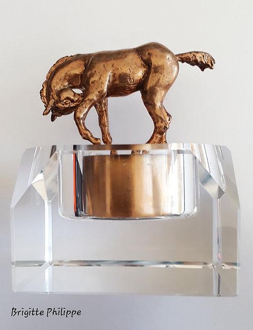 Presse-papier poulain en bronze