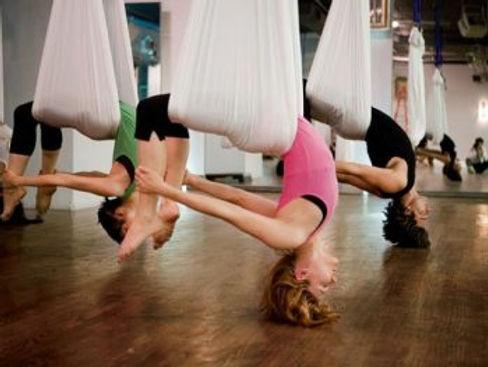 Yoga-aerien-swing-Bretagne-Kundalini-e14