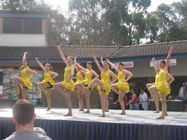 Dance Lessons Ruse Peformance.jpg