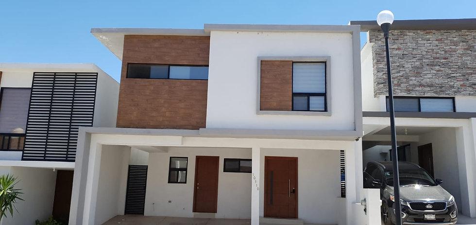 Casa en Venta - Albaterra III (c/alberca) - Chihuahua