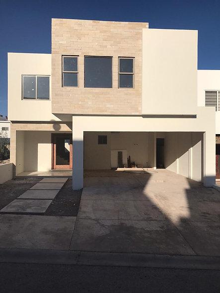 Casa en Venta - Bosques del Valle IV - Chihuahua