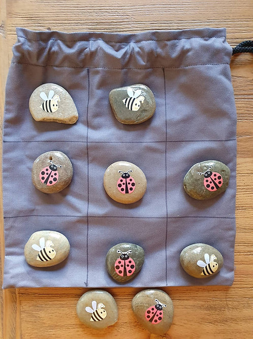 Story Stones -Bugs Noughts and Crosses with Bag