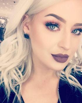 Liz Profile pic.jpg