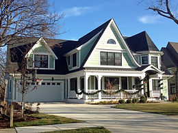 Custom home with first floor master in Glen Ellyn, IL