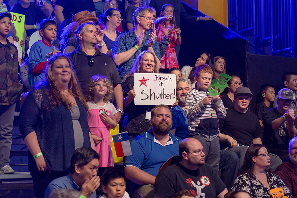 BattleBots live audience with a Shatter sign