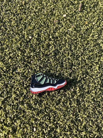 AJ11 Bred Golf ball marker