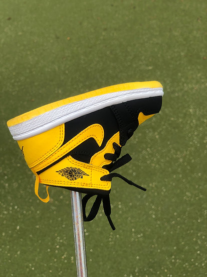 AJ1 Putter Cover Black and Yellow