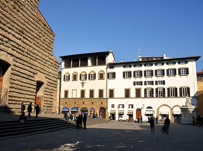 The 14th century Palazzo della Stufa