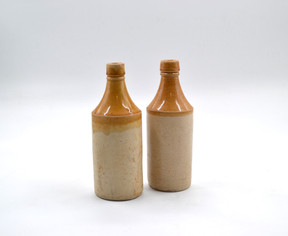 Ceramic bottle with brown glaze