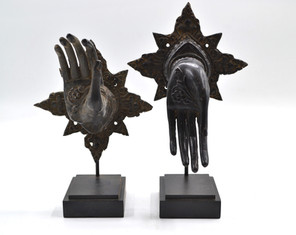 Pair of Brass hands with Star