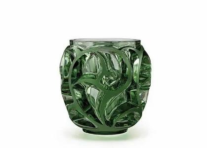 "Paula Bassini inaugura ""store in store"" Lalique na Gabriel"
