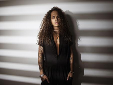 Vitão é primeira atração confirmada do Festival Teen 2020 que será realizado em formato live show