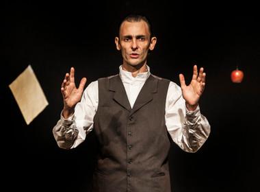 Teatro pela internet: Ivo Müller encena solo RILKE e uma produção argentina