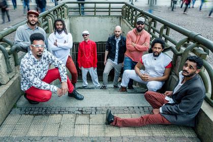 """Big band """"Associação Livre Invisível"""" faz show gratuito de lançamento de novo álbum no Cen"""