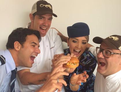 Azul fecha parceria com Buzina Food Truck