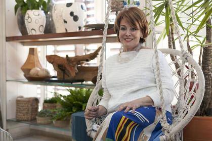 Amelinha Amaro recebeu convidados para lançamento da coleção primavera La Marina