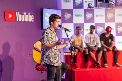 João Guilherme, atração do Samsung Galaxy Festival Teen, revela vontade de cantar com Pabllo Vittar