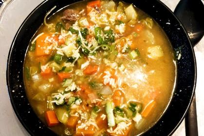 Sopa de Legumes com Carne para aquecer os dias frios que estão chegando