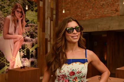 Grazi Massafera lança linha de óculos com causa nobre em São Paulo