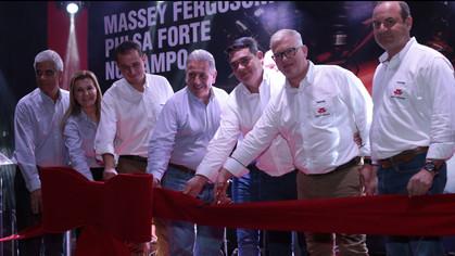 Inaugução Massey Fergusson, em Palmas (TO), pela influencer Lili Bezerra