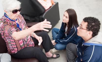 Estudantes se unem para melhorar a vida de idosos atendidos por ONG