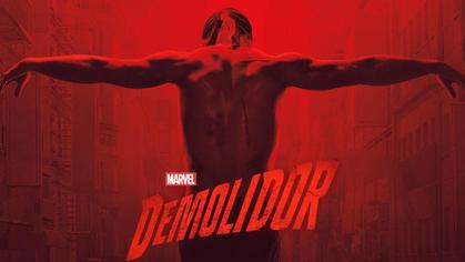 Novas imagens de Demolidor relevam o herói mais sombrio e pronto para ação