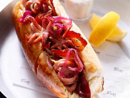 Sandubas modernos e deliciosos do Town Sandwich Co