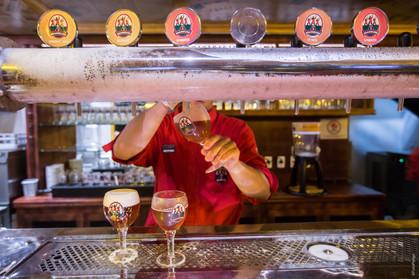 Happy hour: Les 3 Brasseurs tem cerveja artesanal francesa e petiscos pela metade do valor