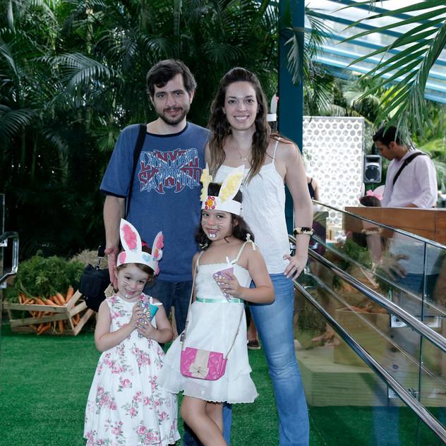 Fabio Mauro, Beteliz, Chloe E Amelie Mauro 9504