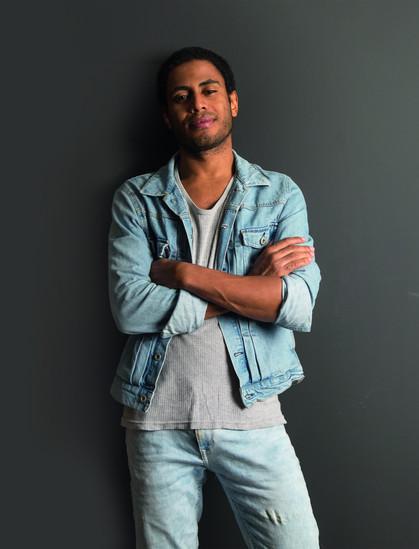 Ícaro Silva é o garoto culturete da Glamour de Julho