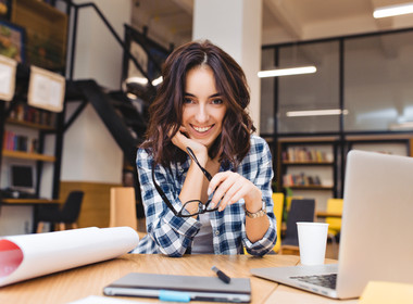 Brasileira lança rede social gratuita para empreendedoras