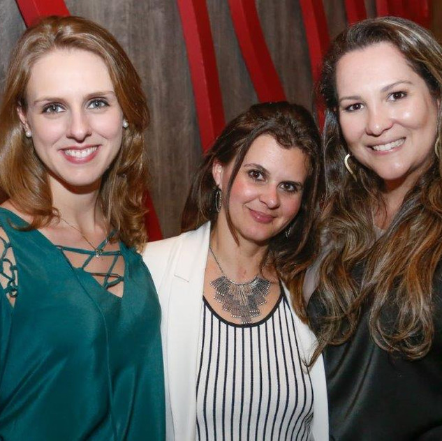 Ana Gabriela Moro, Andrea Kadamos e Juliana Maciel