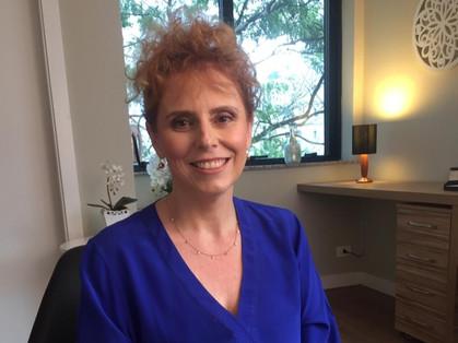 Neurocientista Anaclaudia Zani Ramos promove lives sobre qualidade de vida e mente equilibrada