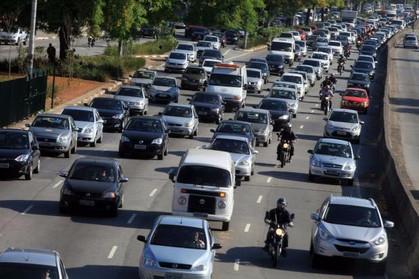 O que fazer em caso de pane no veículo no meio do trânsito?
