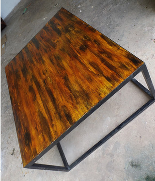 Table style industrielle