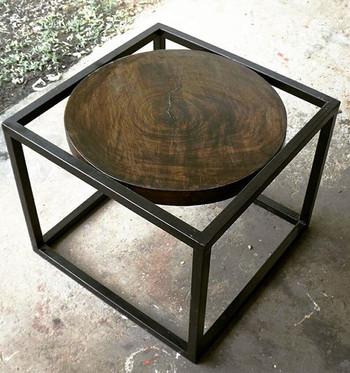 "Table style insdustrielle ""circular"""